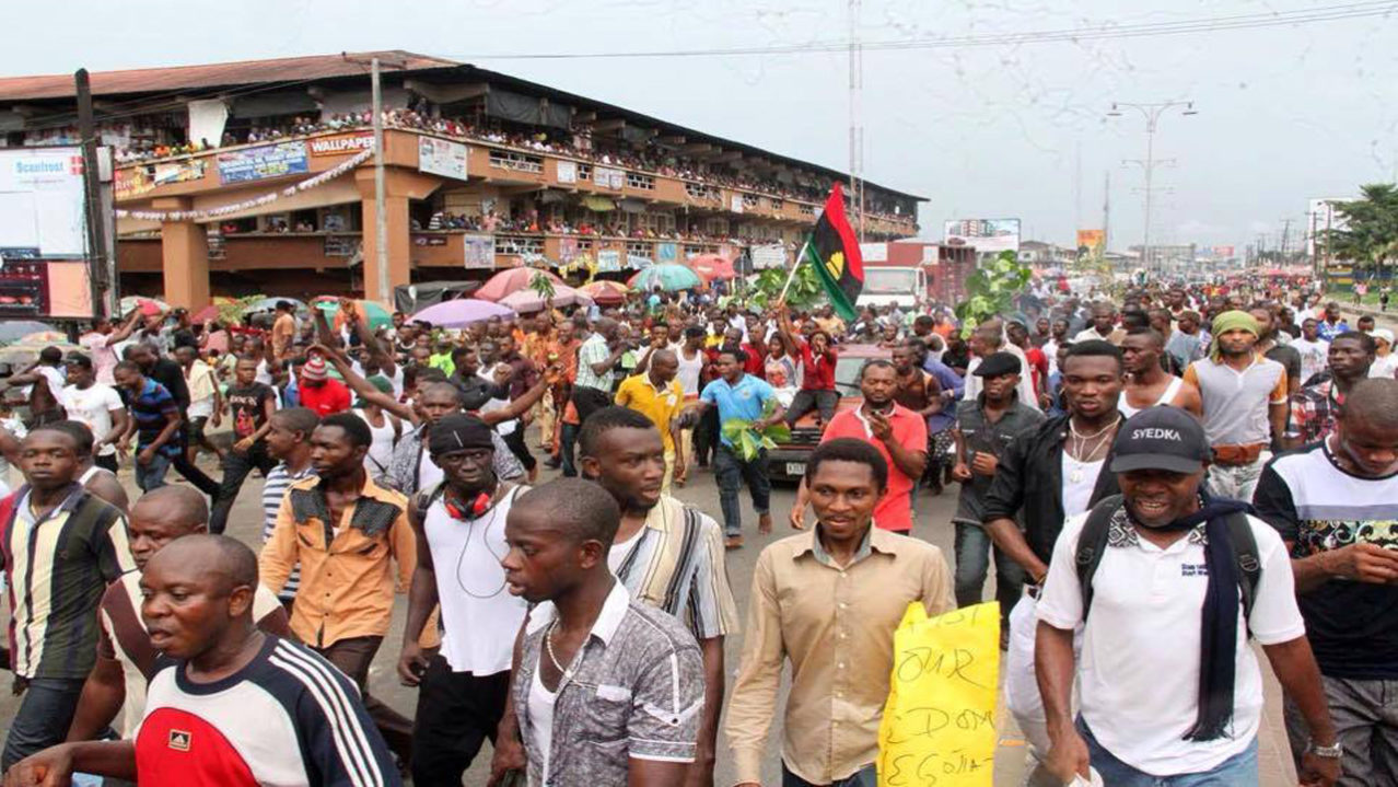 News -- IPOB sit-at-home order: Police lead Army, NSCDC in show of